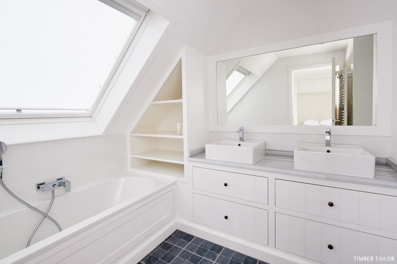Classique-TimberTailor-Salle-de-bain